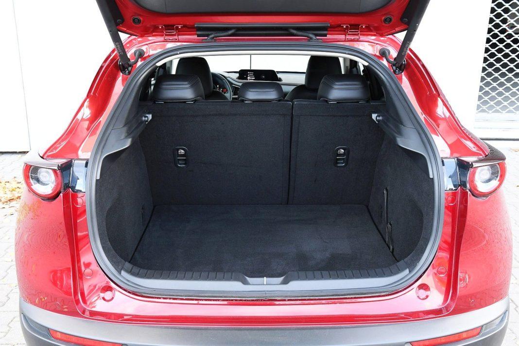 Mazda CX-30 2.0 Skyactiv-G Hikari - bagażnik