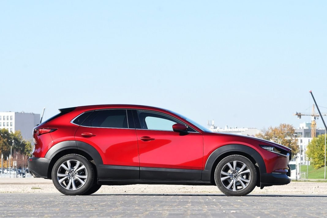 Mazda CX-30 2.0 Skyactiv-G Hikari - bok