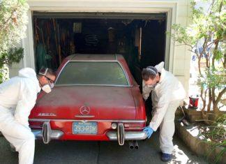 Mercedes 280 SL wyciągnięty z garażu po 37 latach