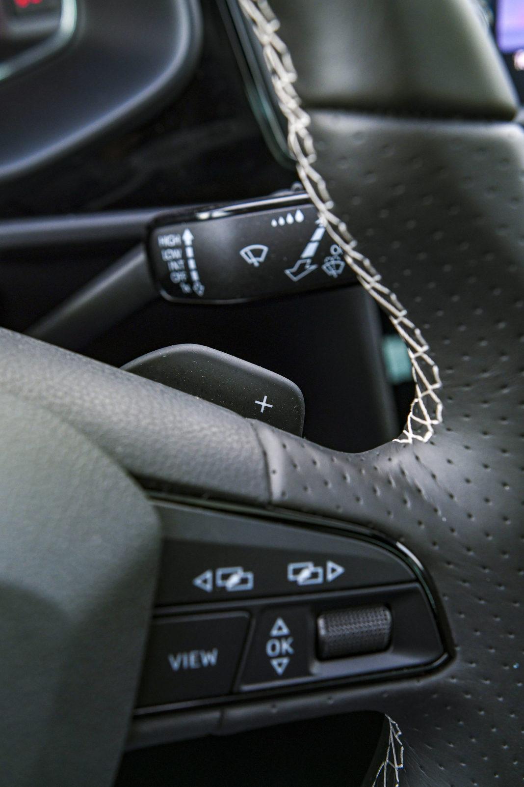 2019 Seat Leon Cupra - łopatki