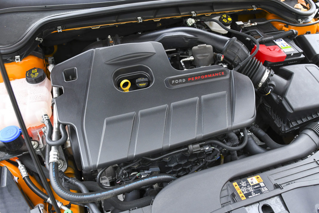 2020 Ford Focus ST - silnik