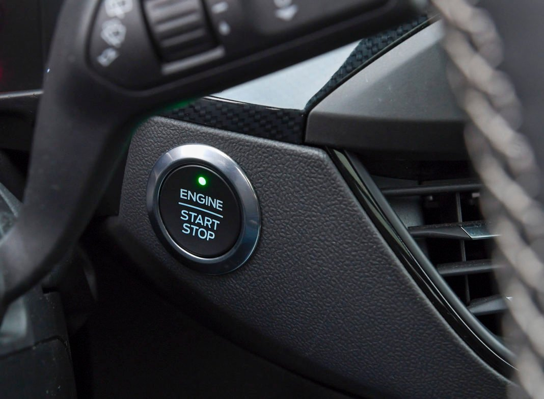 2020 Ford Focus ST - starter silnika