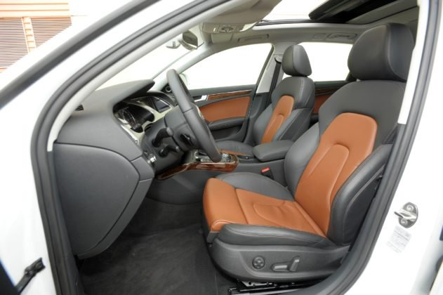 AUDI A4 B8 Allroad 3.0TDI V6 240KM 7AT S-tronic Quattro PO662LC 06-2009