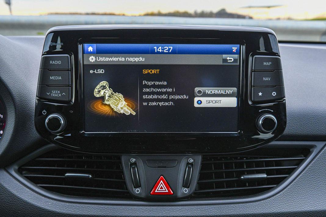 Hyundai i30 N Performance - ekran
