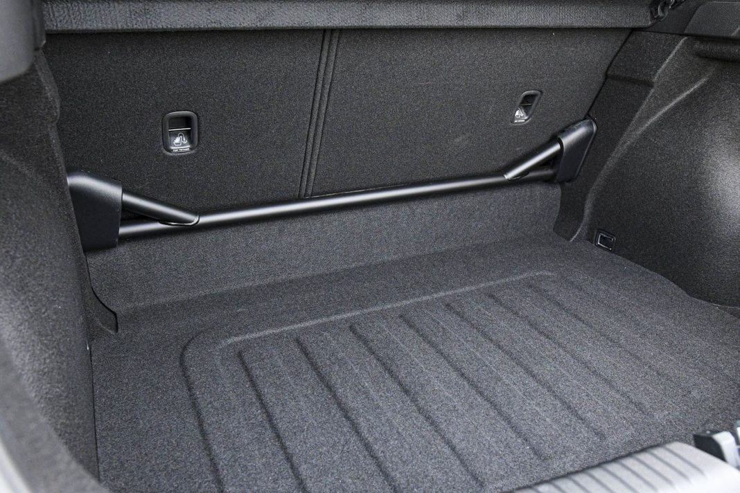 Hyundai i30 N Performance - rozpórka