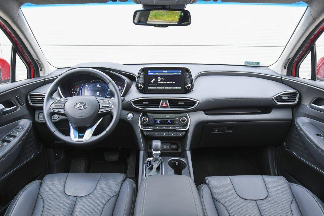 Hyundai Santa Fe 2.0 CRDi 8AT 4WD - deska rozdzielcza