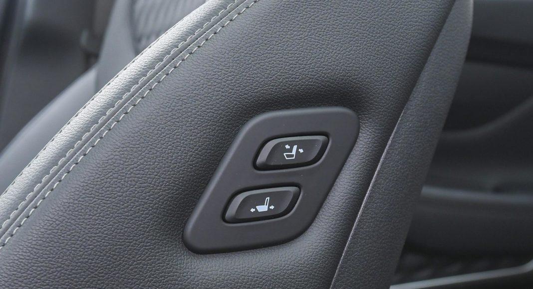 Hyundai Santa Fe 2.0 CRDi 8AT 4WD - sterowanie fotelami