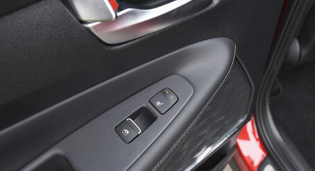 Hyundai Santa Fe 2.0 CRDi 8AT 4WD - ogrzewanie kanapy