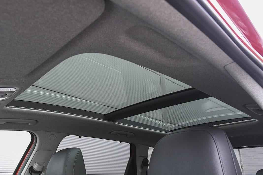 Hyundai Santa Fe 2.0 CRDi 8AT 4WD - szklany dach