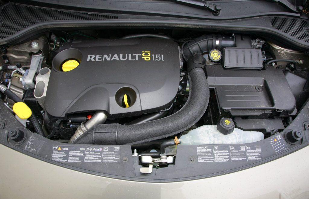 RENAULT Clio III Grandtour 1.5dCi 86KM 6MT WE5262M 02-2008