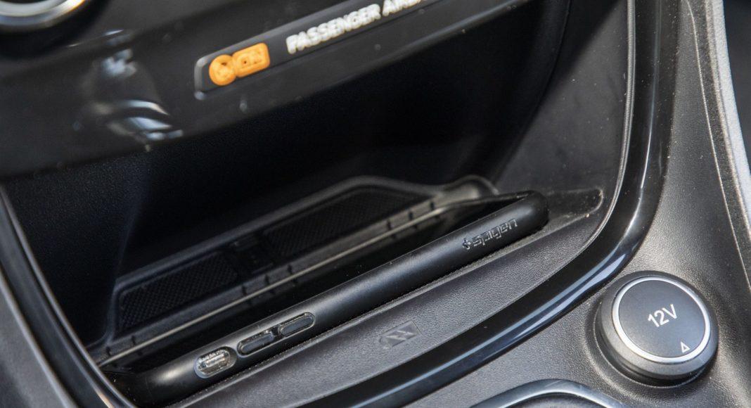ford puma 1.0 ecoboost 125 km test 2020 - ładowarka indukcyjna