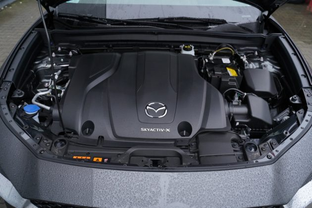 Mazda CX-30 2.0 Skyactiv-X (180 KM), rok modelowy 2020