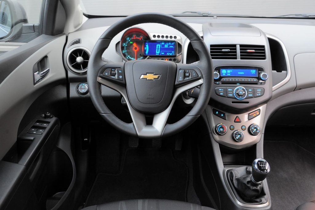 CHEVROLET Aveo II LTZ 1.3d 95KM 6MT WE936EP 01-2013