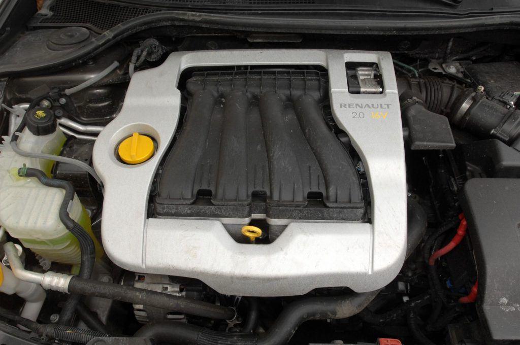 Renault Laguna III 25