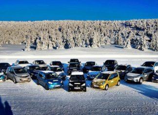 """Porównanie """"elektryków"""": realny zasięg 20 aut w warunkach zimowych"""