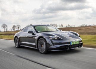 """Ile """"pali"""" Porsche Taycan Turbo? Zużycie prądu - test na polskich drogach"""