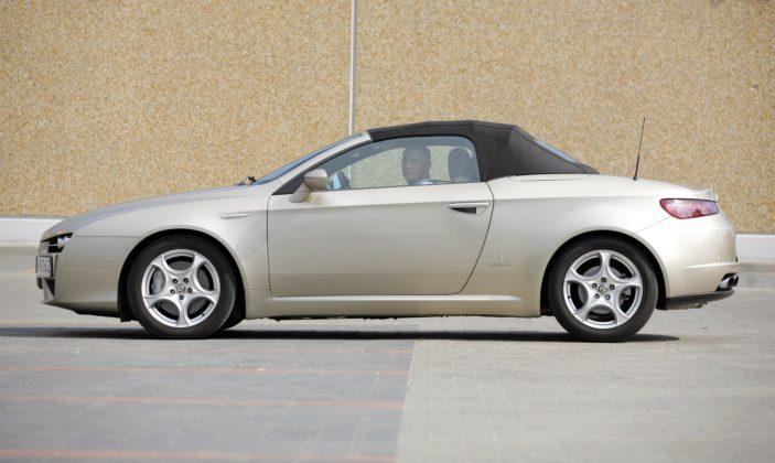 ALFA ROMEO Spider III 3.2JTS V6 260KM 6MT Pininfarina SB89062 08-2007