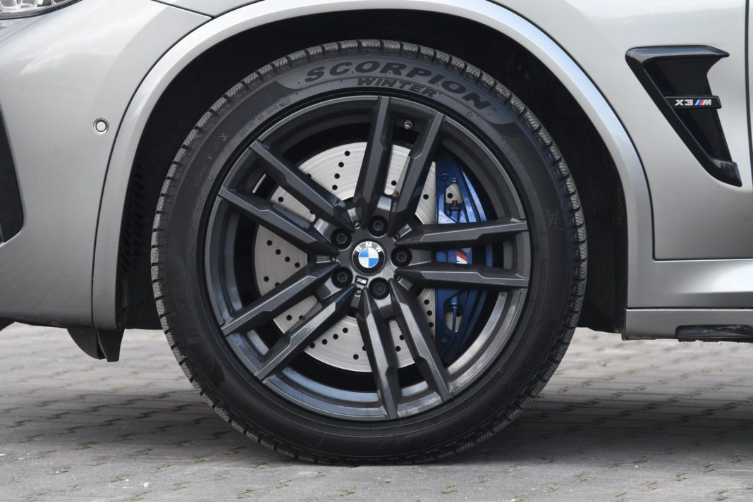 BMW X3 M (2020) - 20-calowe felgi