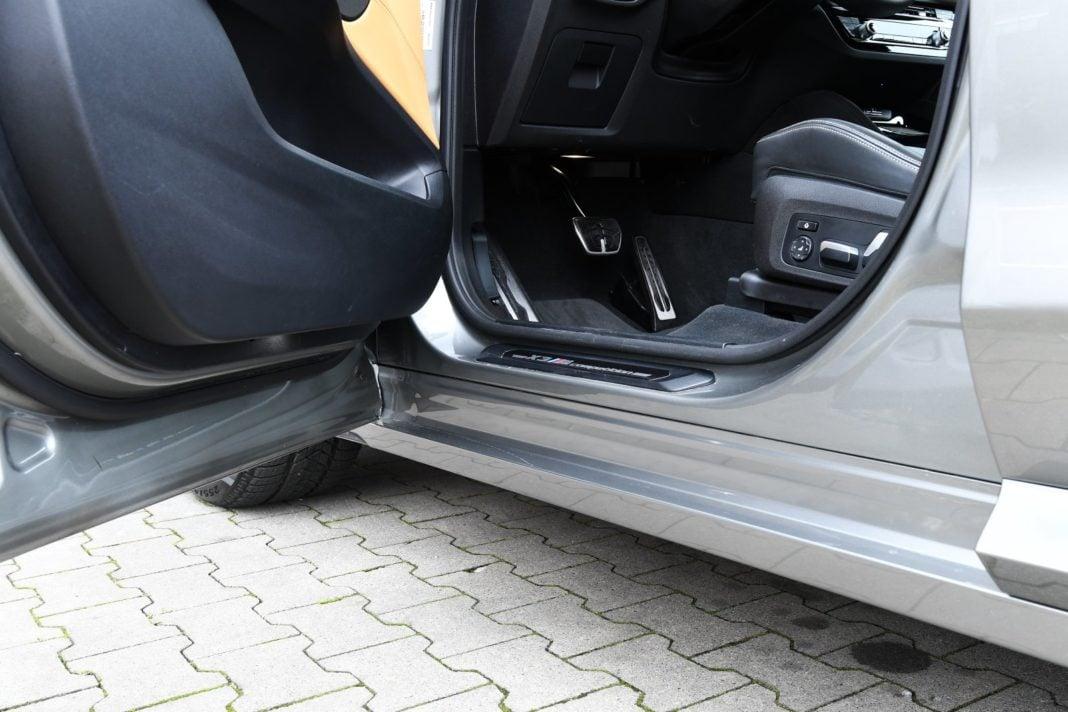 BMW X3 M (2020) - próg