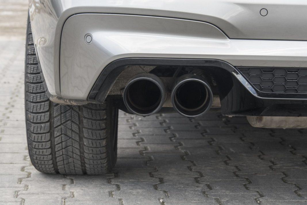 BMW X3 M (2020) - układ wydechowy
