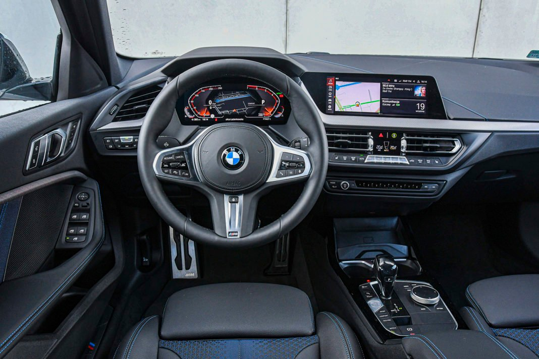 BMW serii 1 - deska rozdzielcza