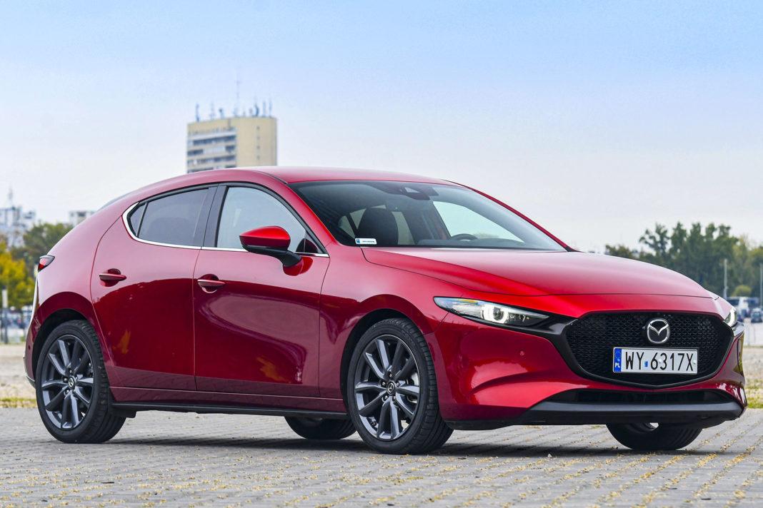 Mazda 3 - przód