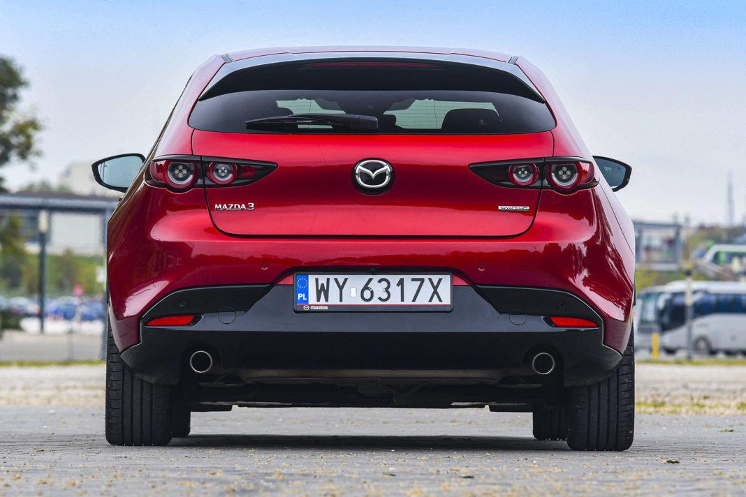 Mazda 3 - tył