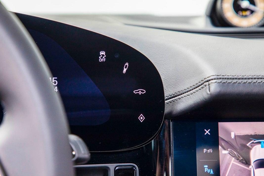 Porsche Taycan Turbo - przyciski