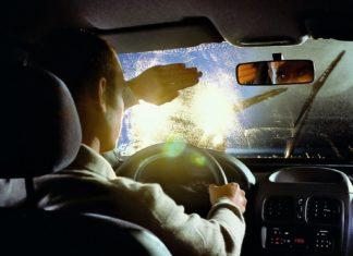 Nowa akcja policji. Na celowniku reflektory samochodów