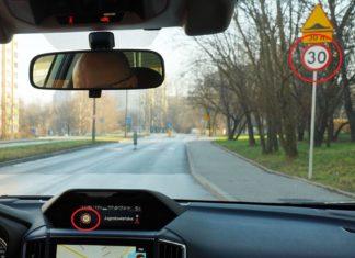 Nie ufaj systemom bezpieczeństwa w samochodach. Inaczej spowodujesz wypadek!