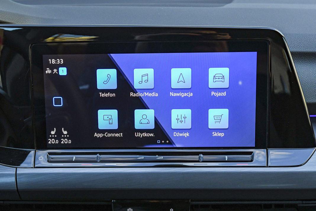 Volkswagen Golf 1.5 eTSI EVO DSG Style - ekran główny