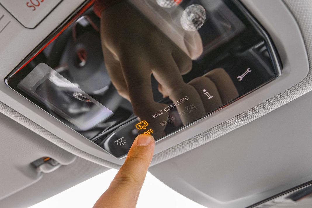 Volkswagen Golf 1.5 eTSI EVO DSG Style - panel oświetlenia
