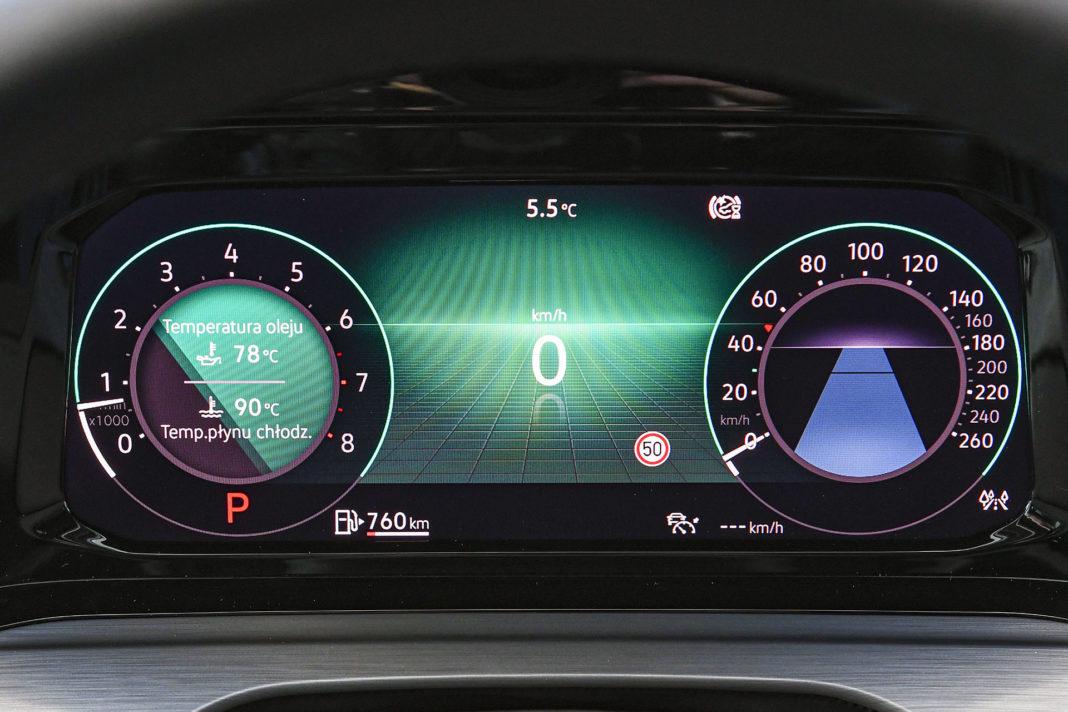 Volkswagen Golf 1.5 eTSI EVO DSG Style - ekran zegarów