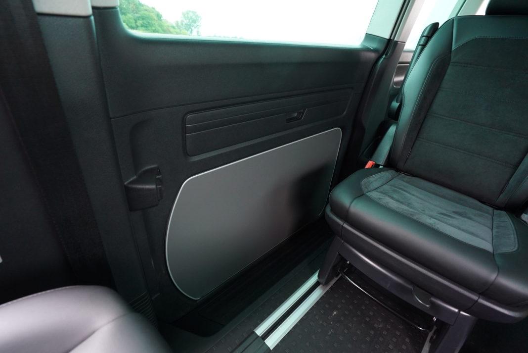 Volkswagen California - stolik