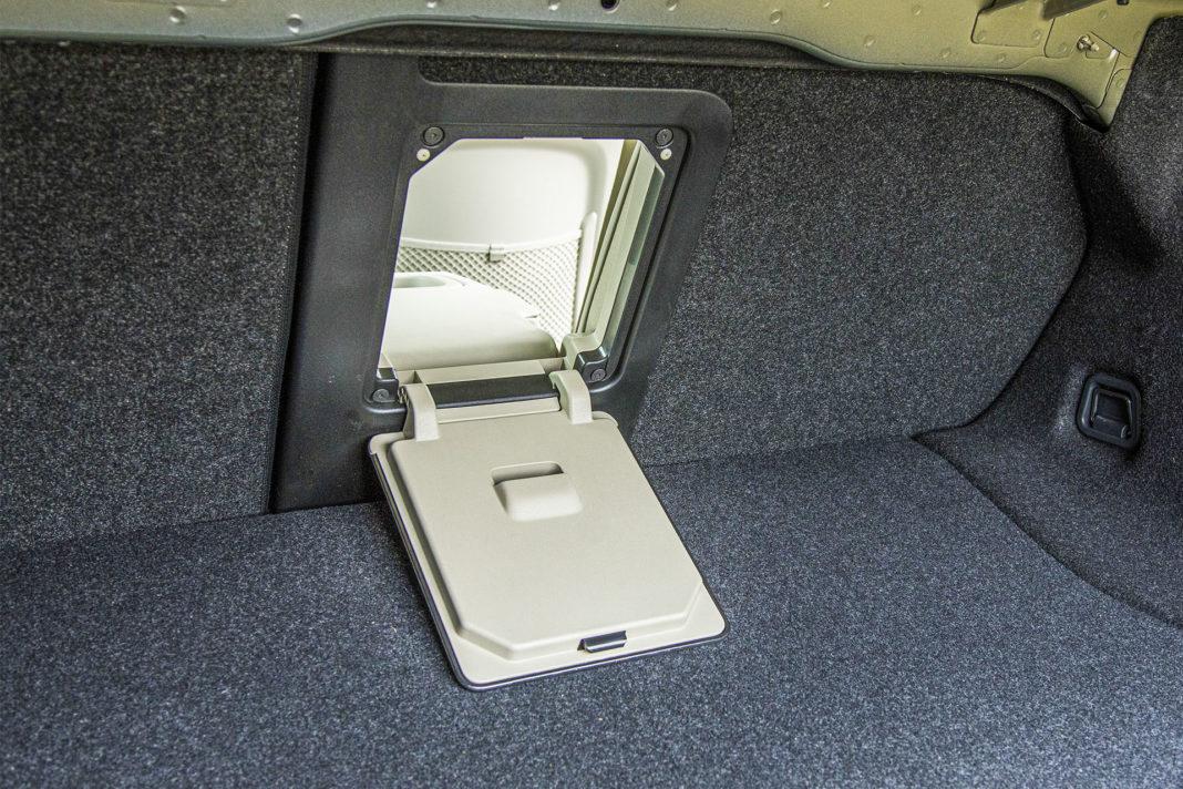 Volvo S90 T8 eAWD Inscription - okienko