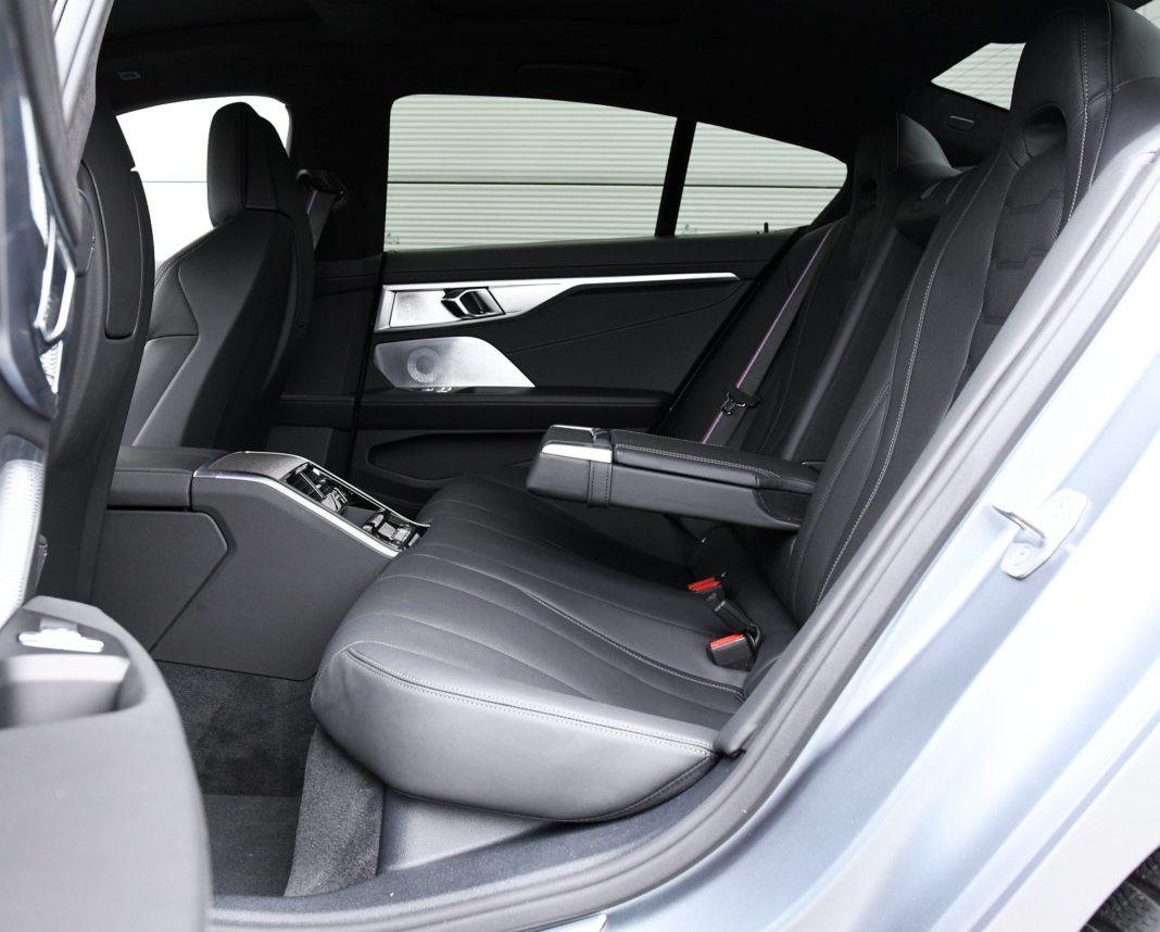 BMW M850i Gran Coupe (2020) - fotele/kanapa tył