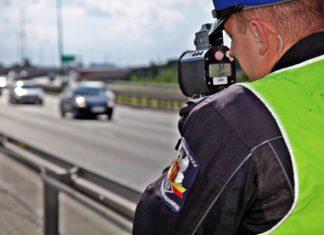 Niższe limity prędkości także w Polsce? Takich zmian chcą posłowie