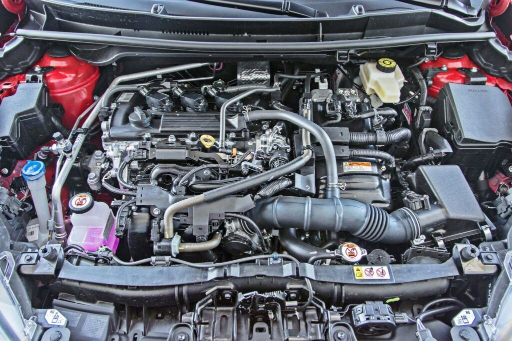 Toyota Yaris Hybrid 2020. Silnik