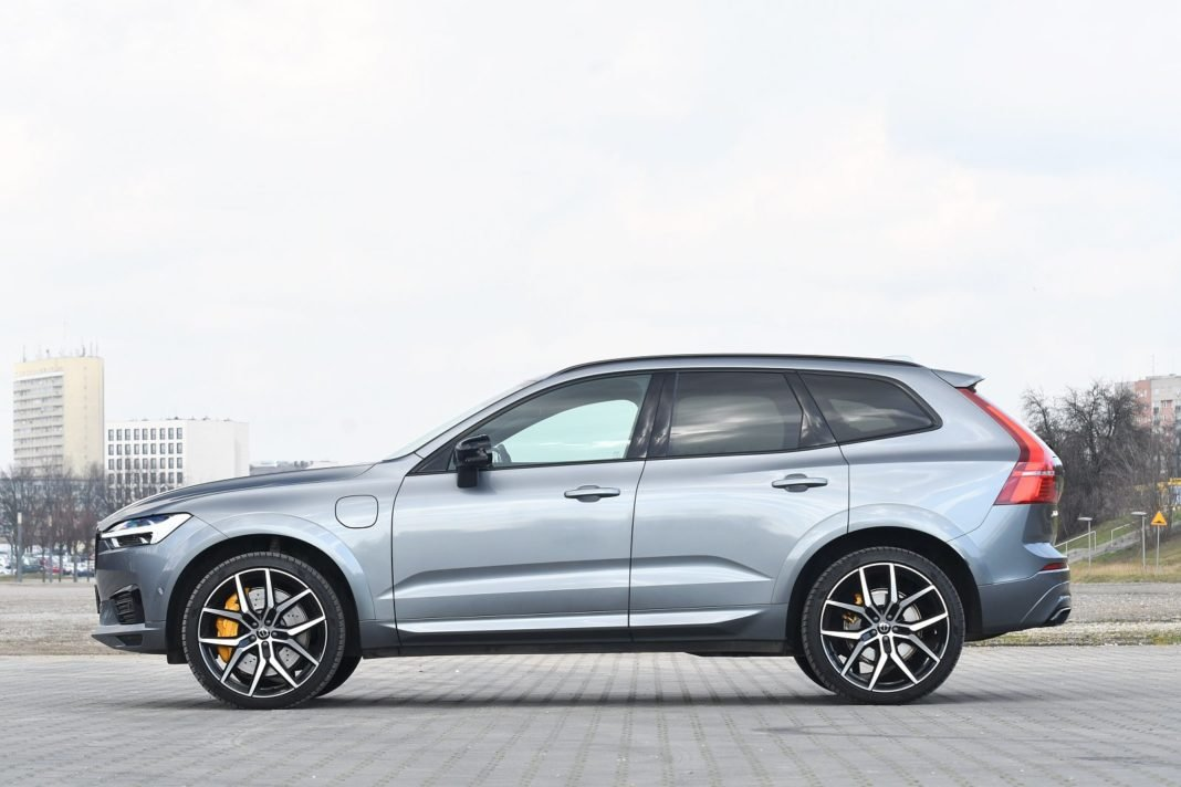 volvo xc60 t8 polestar engineered test 2020 06 bok