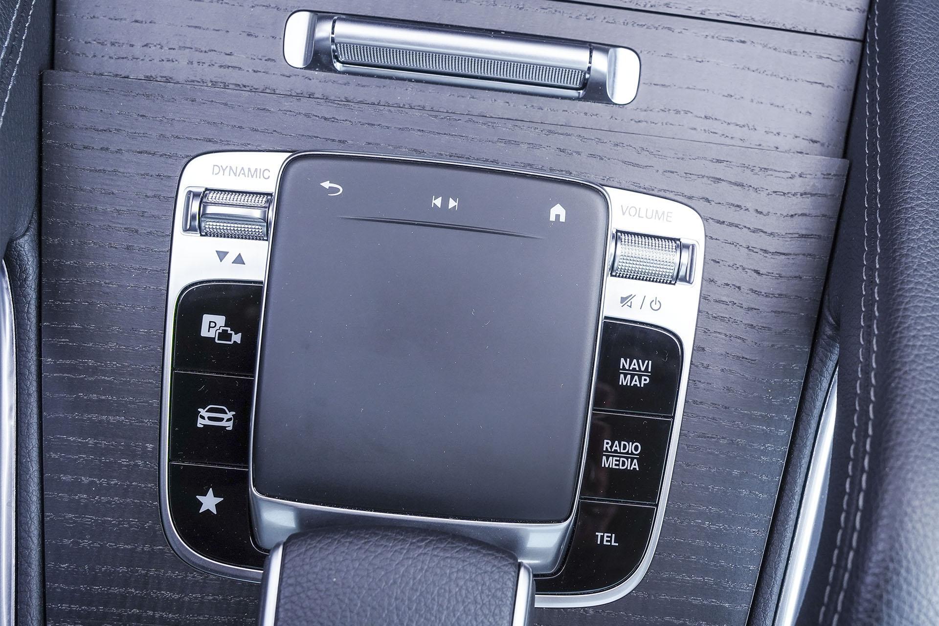 Mercedes GLE - gładzik - Land Rover Discovery, Mercedes GLE, Range Rover Sport, Volkswagen Touareg, Volvo XC90 – PORÓWNANIE –opinie, dane techniczne, wymiary