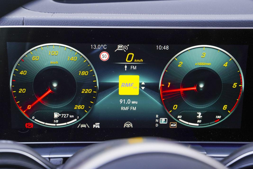 Mercedes GLE - wskaźniki