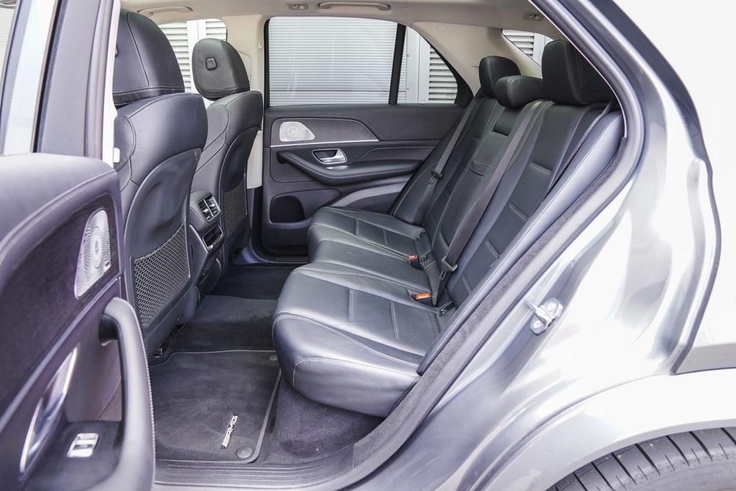 Mercedes GLE - kanapa