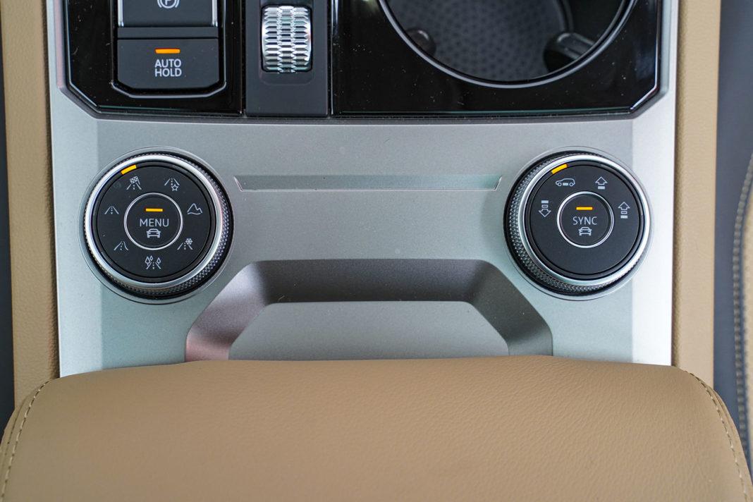 Volkswagen Touareg - ustawienia zawieszenia i trybów jazdy