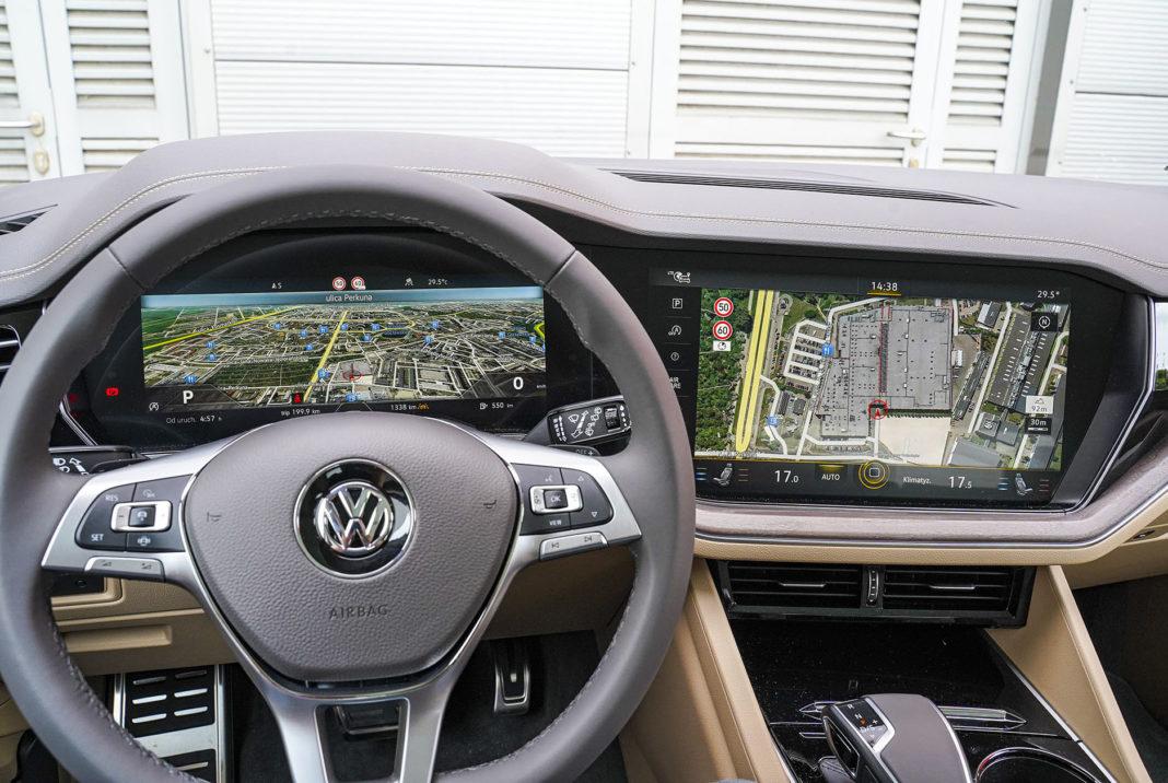 Volkswagen Touareg - ekrany