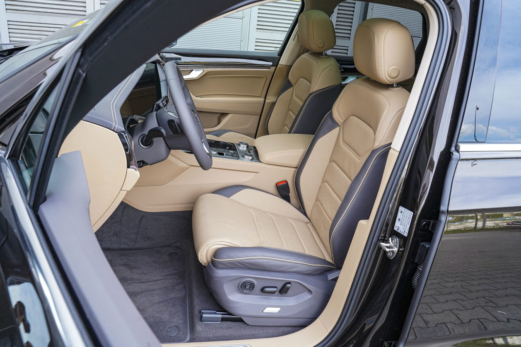 Volkswagen Touareg - fotele