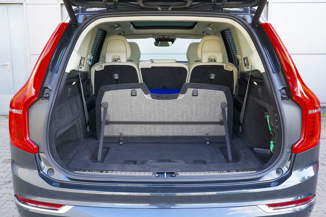 Volvo XC90 - bagażnik