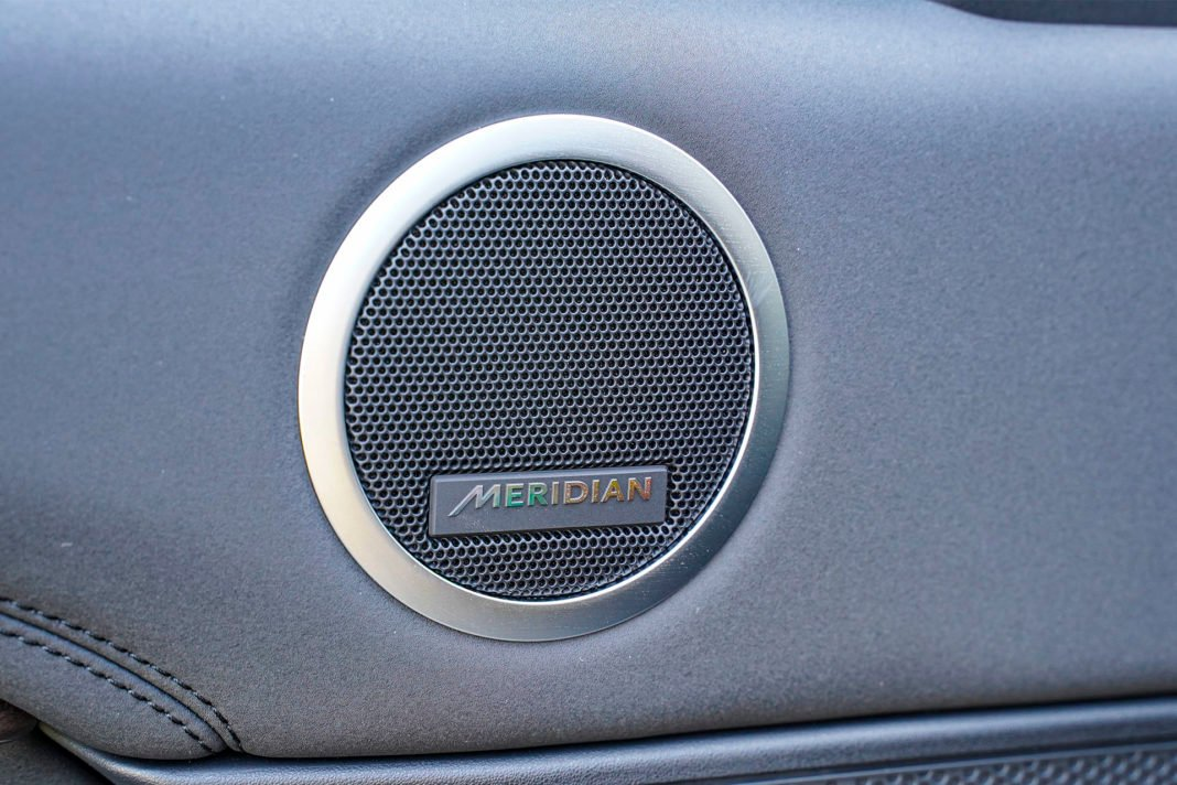 Land Rover Discovery - audio firmy Meridian