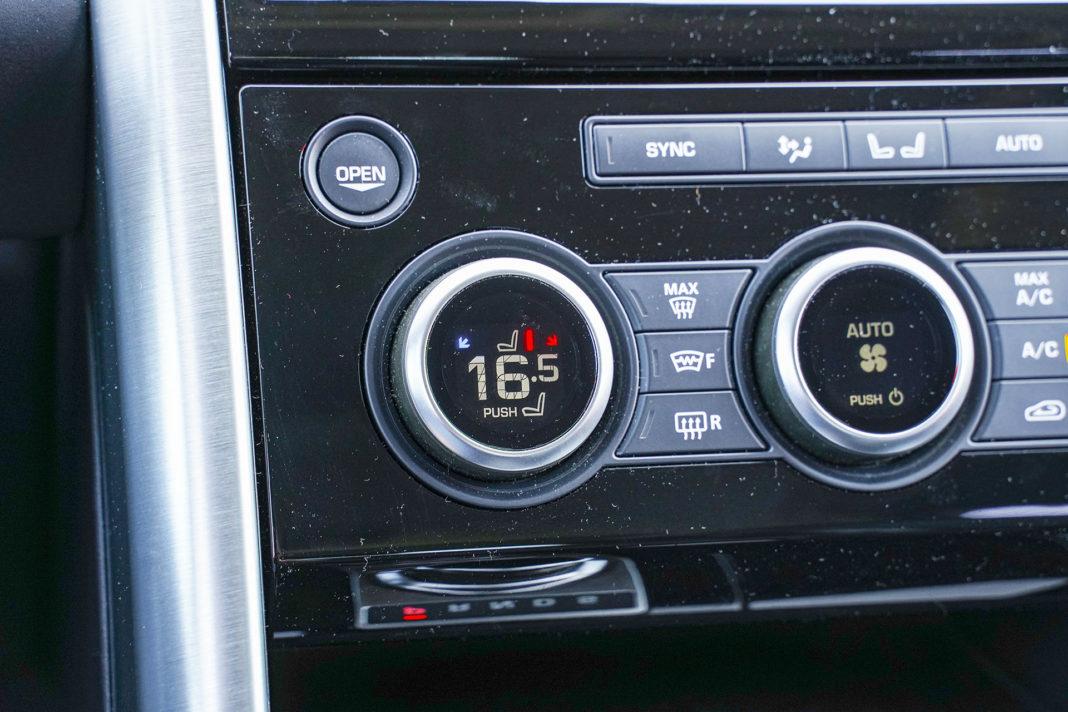 Land Rover Discovery - panel klimatyzacji