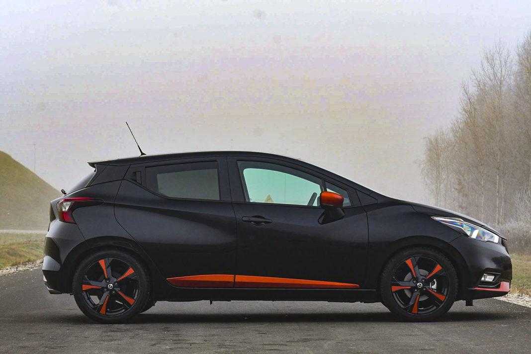 Nissan Micra - bok