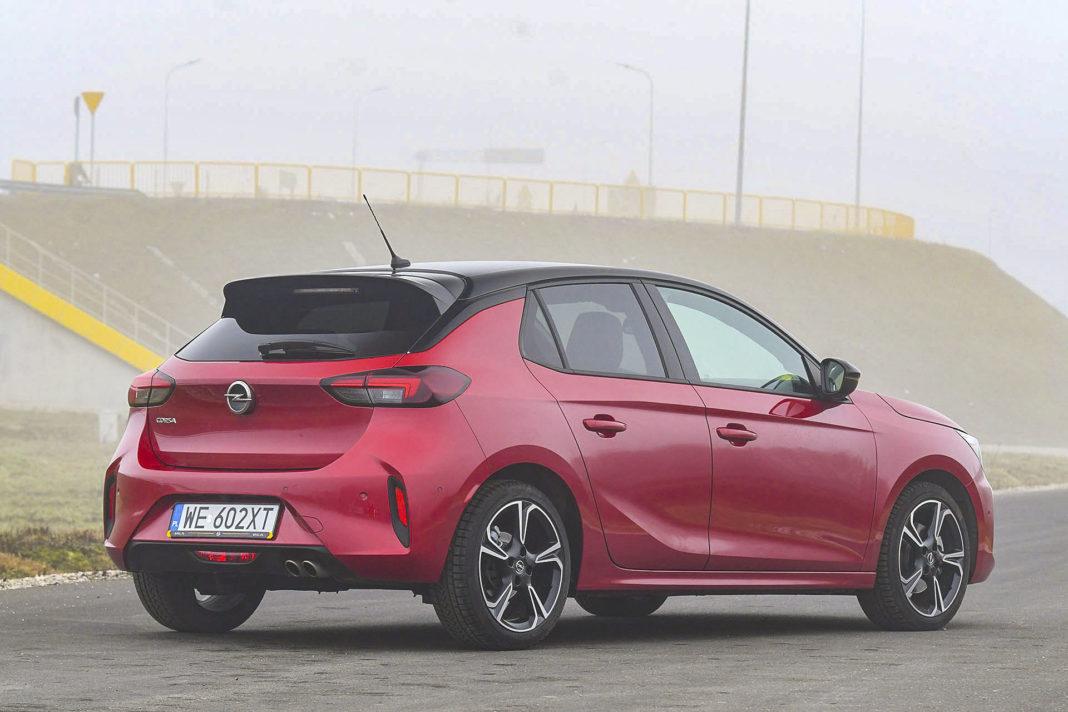 Opel Corsa - tył